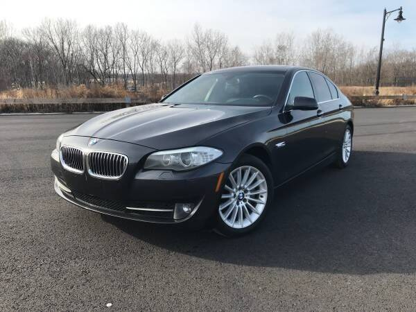 2013 BMW 5 Series for sale at CLIFTON COLFAX AUTO MALL in Clifton NJ