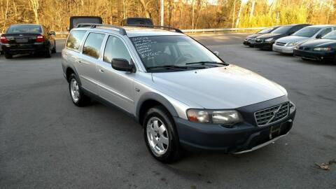 2004 Volvo XC70 for sale at DISCOUNT AUTO SALES in Johnson City TN