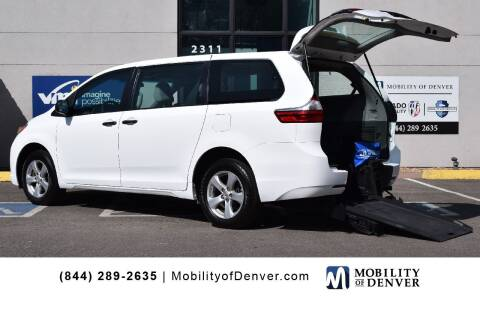 2017 Toyota Sienna for sale at CO Fleet & Mobility in Denver CO