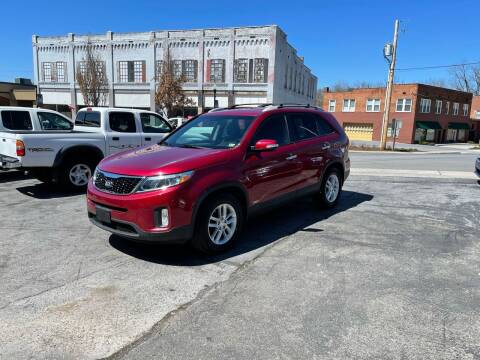 2015 Kia Sorento for sale at East Main Rides in Marion VA