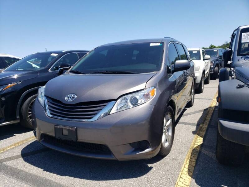 2017 Toyota Sienna for sale at Mr. Minivans Auto Sales in Brooklyn NY