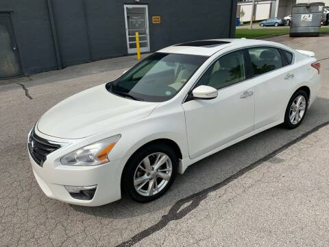 2013 Nissan Altima for sale at Abe's Auto LLC in Lexington KY