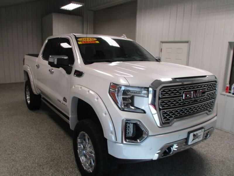 2019 GMC Sierra 1500 for sale at LaFleur Auto Sales in North Sioux City SD