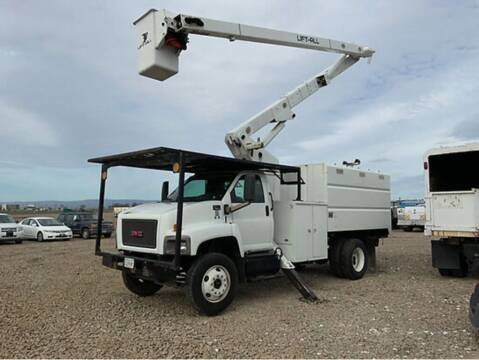 2009 GMC C7500 for sale at Vehicle Center in Rosemead CA