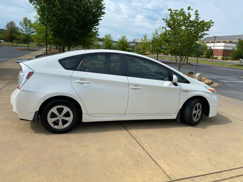 2013 Toyota Prius for sale at Paramount Autosport in Kennesaw GA