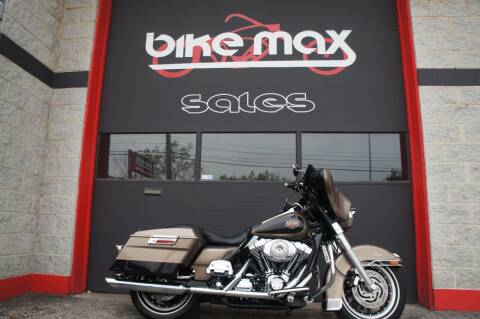 2004 Harley-Davidson Electra Glide Classic for sale at BIKEMAX, LLC in Palos Hills IL