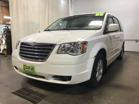 2008 Chrysler Town and Country for sale at Frogs Auto Sales in Clinton IA