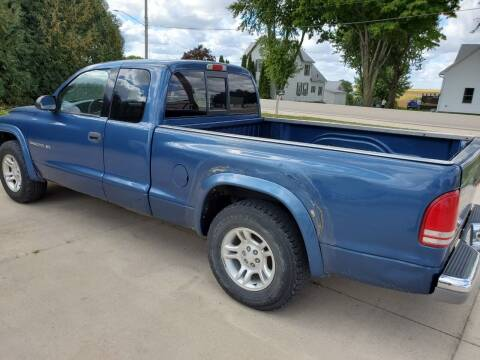 2002 Dodge Dakota for sale at The Auto Shoppe Inc. in New Vienna IA