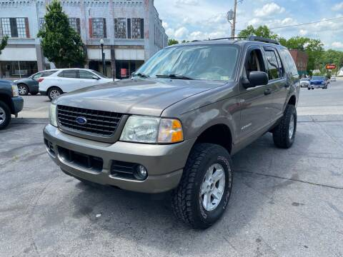 2005 Ford Explorer for sale at East Main Rides in Marion VA