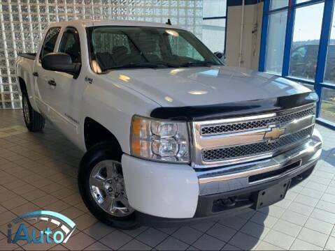 2009 Chevrolet Silverado 1500 Hybrid for sale at iAuto in Cincinnati OH