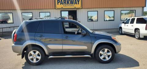 2004 Toyota RAV4 for sale at Parkway Motors in Springfield IL
