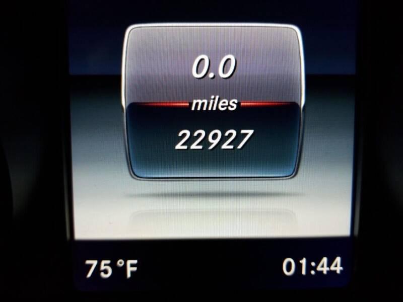 2017 Mercedes-Benz GLC AWD GLC 300 4MATIC 4dr SUV - Newark NJ