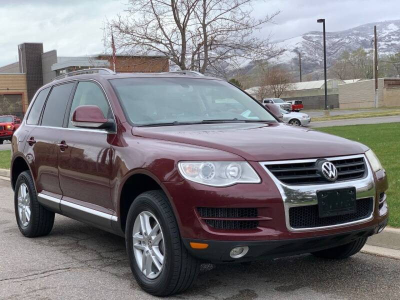 2010 Volkswagen Touareg for sale at A.I. Monroe Auto Sales in Bountiful UT