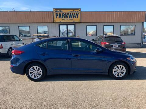 2018 Hyundai Elantra for sale at Parkway Motors in Springfield IL