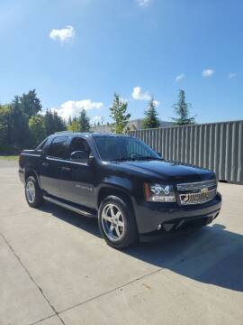 2009 Chevrolet Avalanche for sale at RICKIES AUTO, LLC. in Portland OR