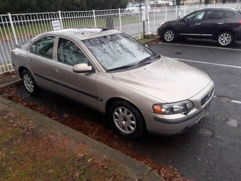 2002 Volvo S60 for sale at Hipps Integrity Auto Sales in Delran NJ