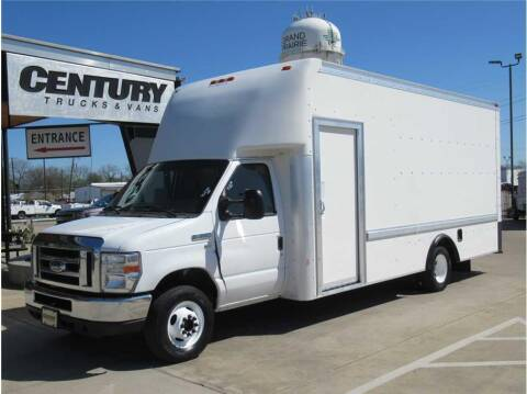 2013 Ford E-Series Chassis for sale at CENTURY TRUCKS & VANS in Grand Prairie TX
