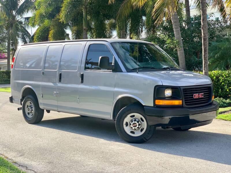 2014 GMC Savana Cargo for sale at Citywide Auto Group LLC in Pompano Beach FL