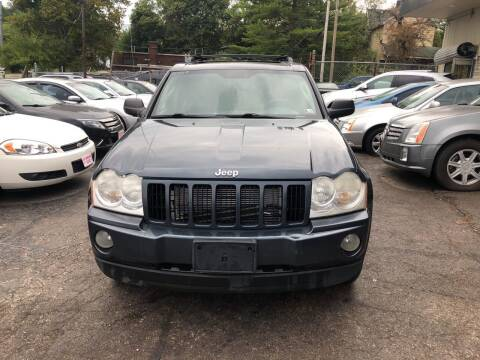 2007 Jeep Grand Cherokee for sale at Six Brothers Auto Sales in Youngstown OH