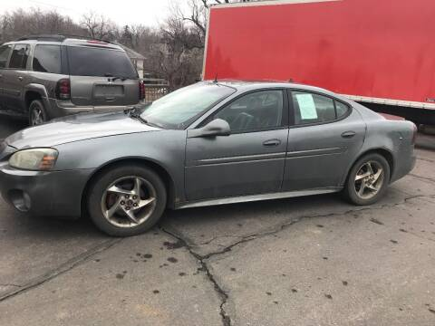 2004 Pontiac Grand Prix for sale at Geareys Auto Sales of Sioux Falls, LLC in Sioux Falls SD