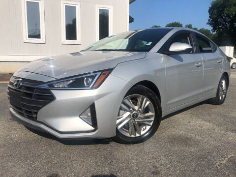 2019 Hyundai Elantra for sale at Beckham's Used Cars in Milledgeville GA