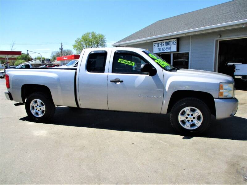 2007 Chevrolet Silverado 1500 for sale at Steffes Motors in Council Bluffs IA