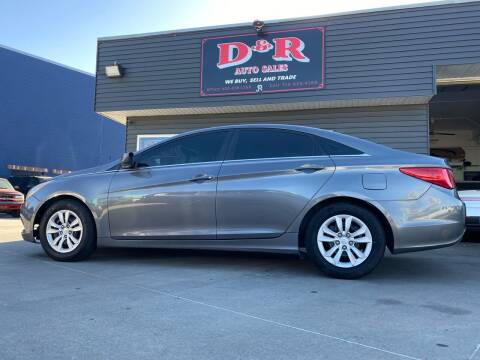 2011 Hyundai Sonata for sale at D & R Auto Sales in South Sioux City NE