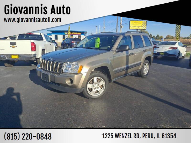 2006 Jeep Grand Cherokee for sale at Giovannis Auto in Peru IL