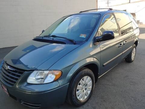 2007 Chrysler Town and Country for sale at Auto Direct Inc in Saddle Brook NJ