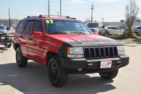 1997 Jeep Grand Cherokee for sale at AP Auto Brokers in Longmont CO