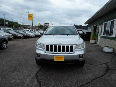 2011 Jeep Grand Cherokee for sale at Brothers Used Cars Inc in Sioux City IA