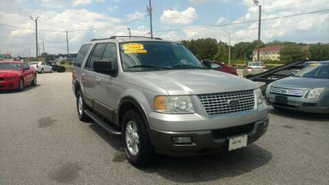 2004 Ford Expedition for sale at Kelly & Kelly Supermarket of Cars in Fayetteville NC