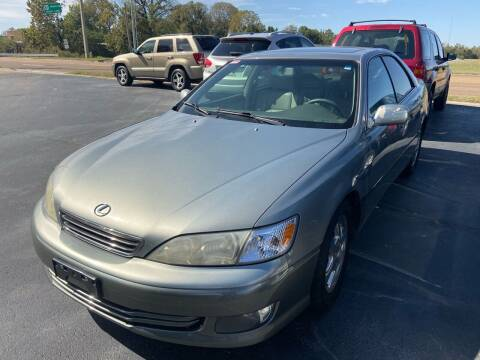 2001 Lexus ES 300 for sale at Sartins Auto Sales in Dyersburg TN
