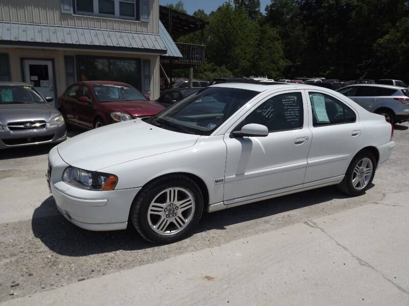 2006 Volvo S60 for sale at Country Side Auto Sales in East Berlin PA