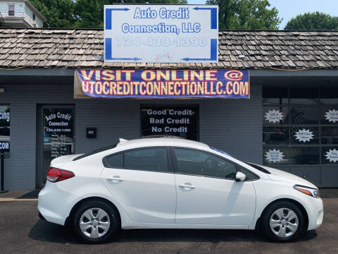 2017 Kia Forte for sale at Auto Credit Connection LLC in Uniontown PA