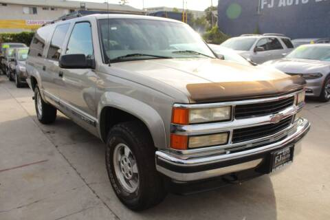 1999 Chevrolet Suburban for sale at Good Vibes Auto Sales in North Hollywood CA