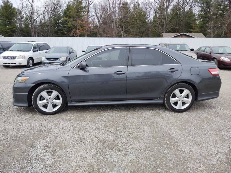 2011 Toyota Camry for sale at Hilltop Auto in Clare MI
