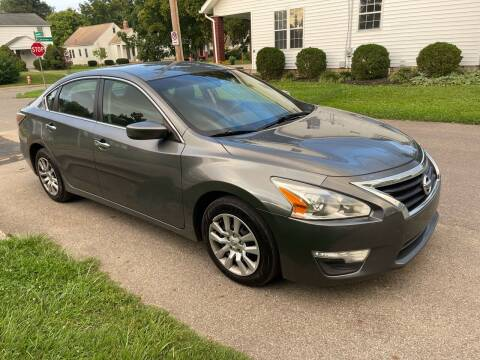 2014 Nissan Altima for sale at Via Roma Auto Sales in Columbus OH