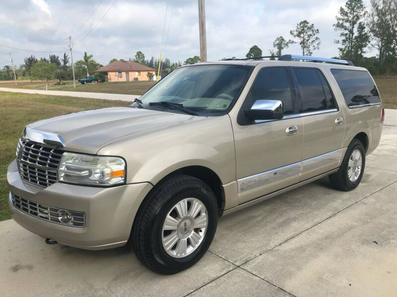 2007 Lincoln Navigator L for sale at EXECUTIVE CAR SALES LLC in North Fort Myers FL