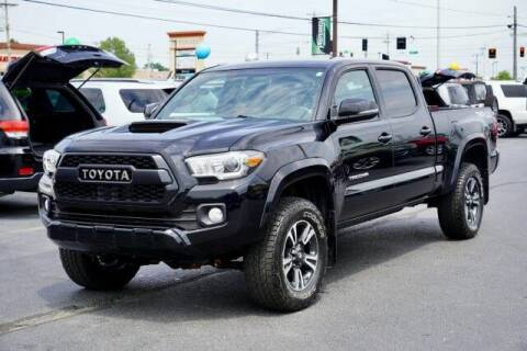 2017 Toyota Tacoma for sale at Preferred Auto Fort Wayne in Fort Wayne IN
