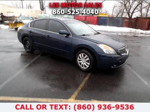 2007 Nissan Altima for sale at Lee Motor Sales Inc. in Hartford CT