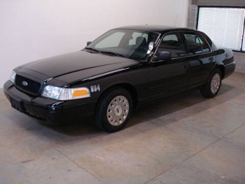 2005 Ford Crown Victoria for sale at DRIVE INVESTMENT GROUP in Frederick MD