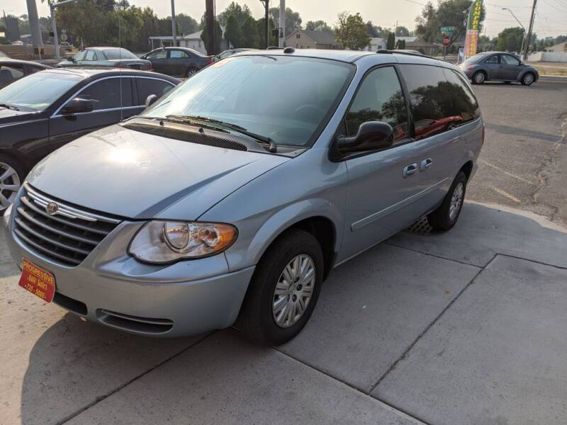 2005 Chrysler Town and Country for sale at Progressive Auto Sales in Twin Falls ID