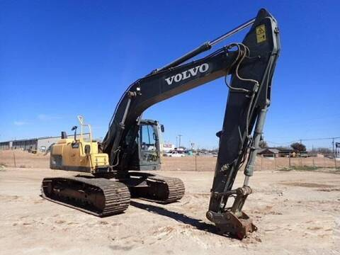 2014 Volvo EC220DL - AUX HYDRAULICS for sale at Vehicle Network - Milam's Equipment Sales in Sutherlin VA