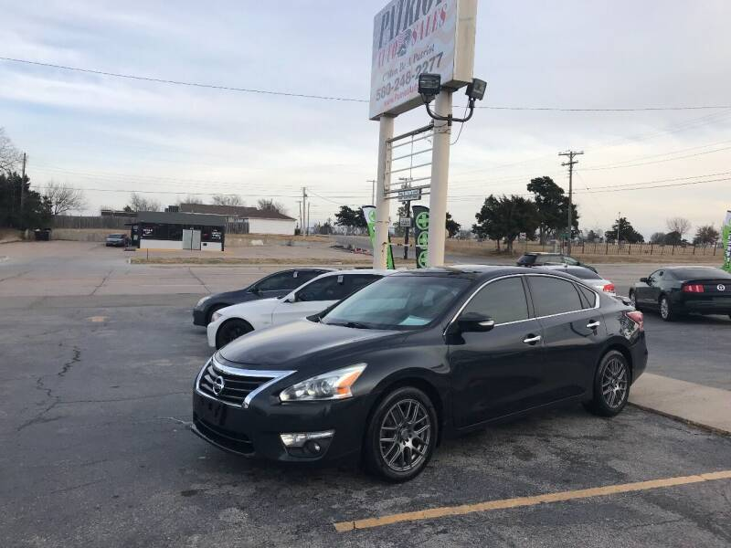 2013 Nissan Altima for sale at Patriot Auto Sales in Lawton OK
