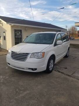 2010 Chrysler Town and Country for sale at Adan Auto Credit in Effingham IL