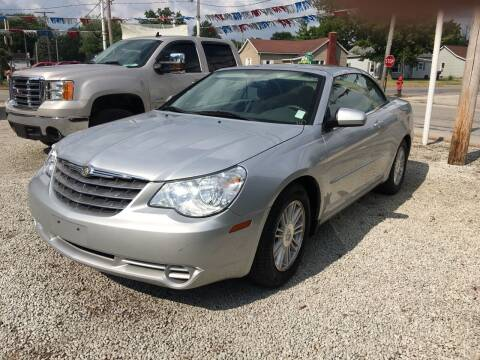 2008 Chrysler Sebring for sale at Antique Motors in Plymouth IN
