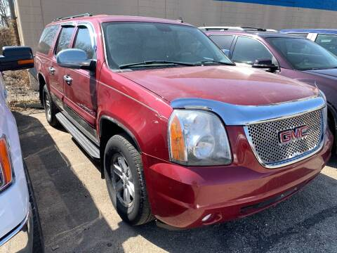 2007 GMC Yukon XL for sale at BEAR CREEK AUTO SALES in Rochester MN