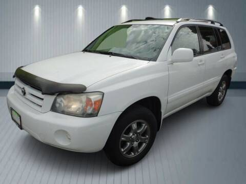 2006 Toyota Highlander for sale at Klean Carz in Seattle WA