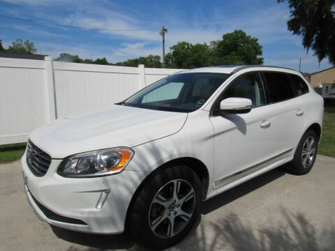 2015 Volvo XC60 for sale at D & R Auto Brokers in Ridgeland SC